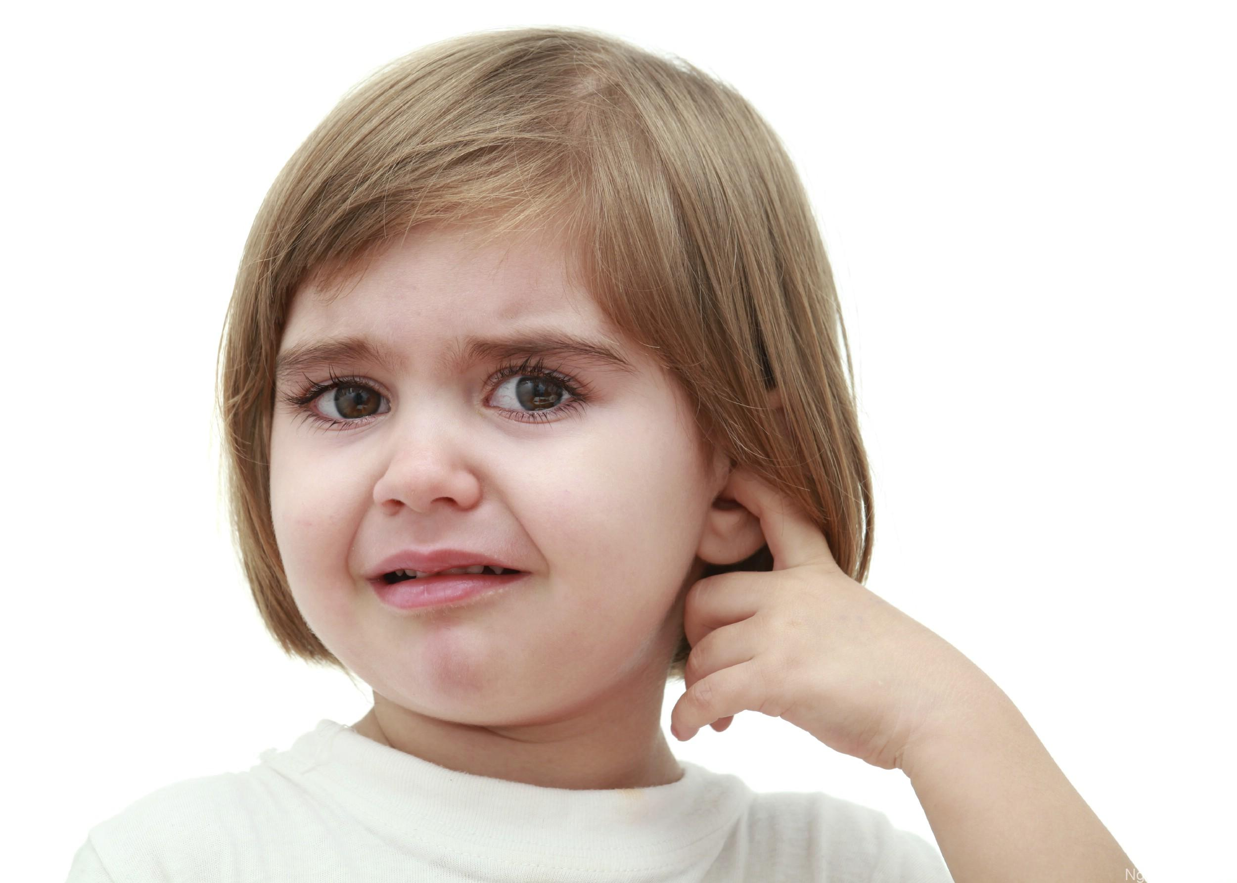 Trẻ bị viêm tai